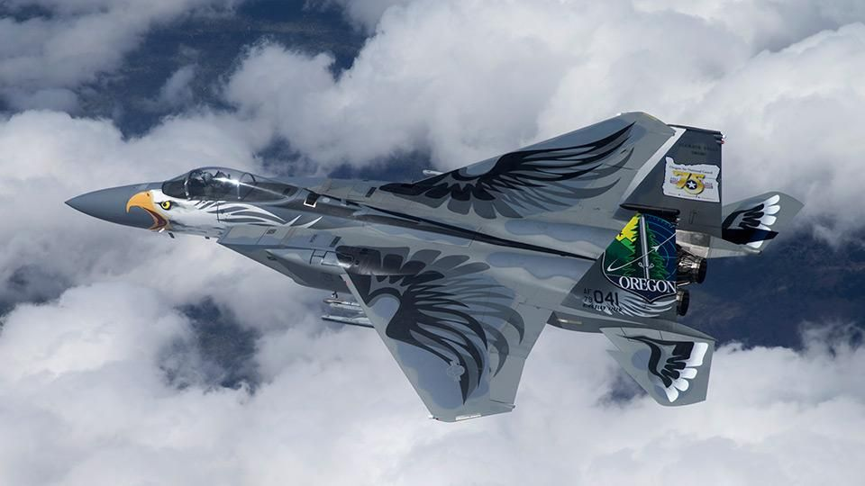 Boeing With Oregon As A Proving Ground Military Aircraft Paint Jobs Make A Resurgence Photos Portland Business Journal Aircraft Military Aircraft Fighter