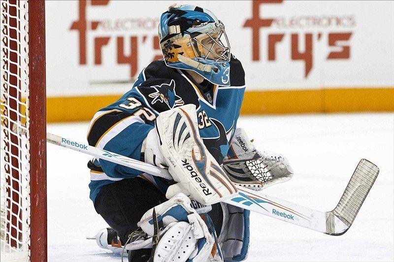 San Jose Sharks Have a Keeper in Alex Stalock - http://thehockeywriters.com/san-jose-sharks-keeper-alex-stalock/