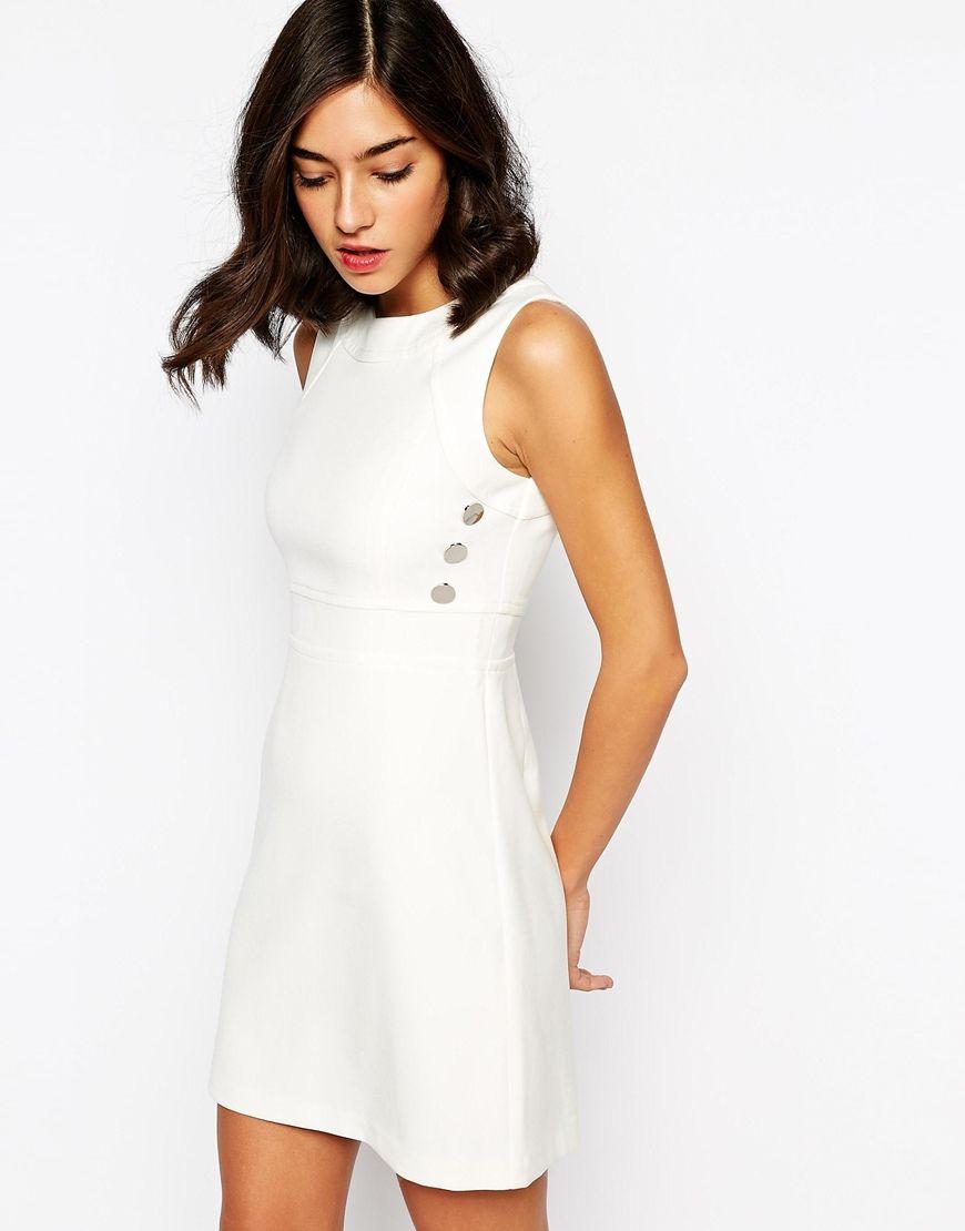 Imagen 1 de Vestido de corte recto con diseño estilo años 60 de Warehouse 20a6c542bb75