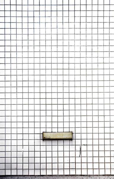 White Tile Black Grout Weisse Fliesen