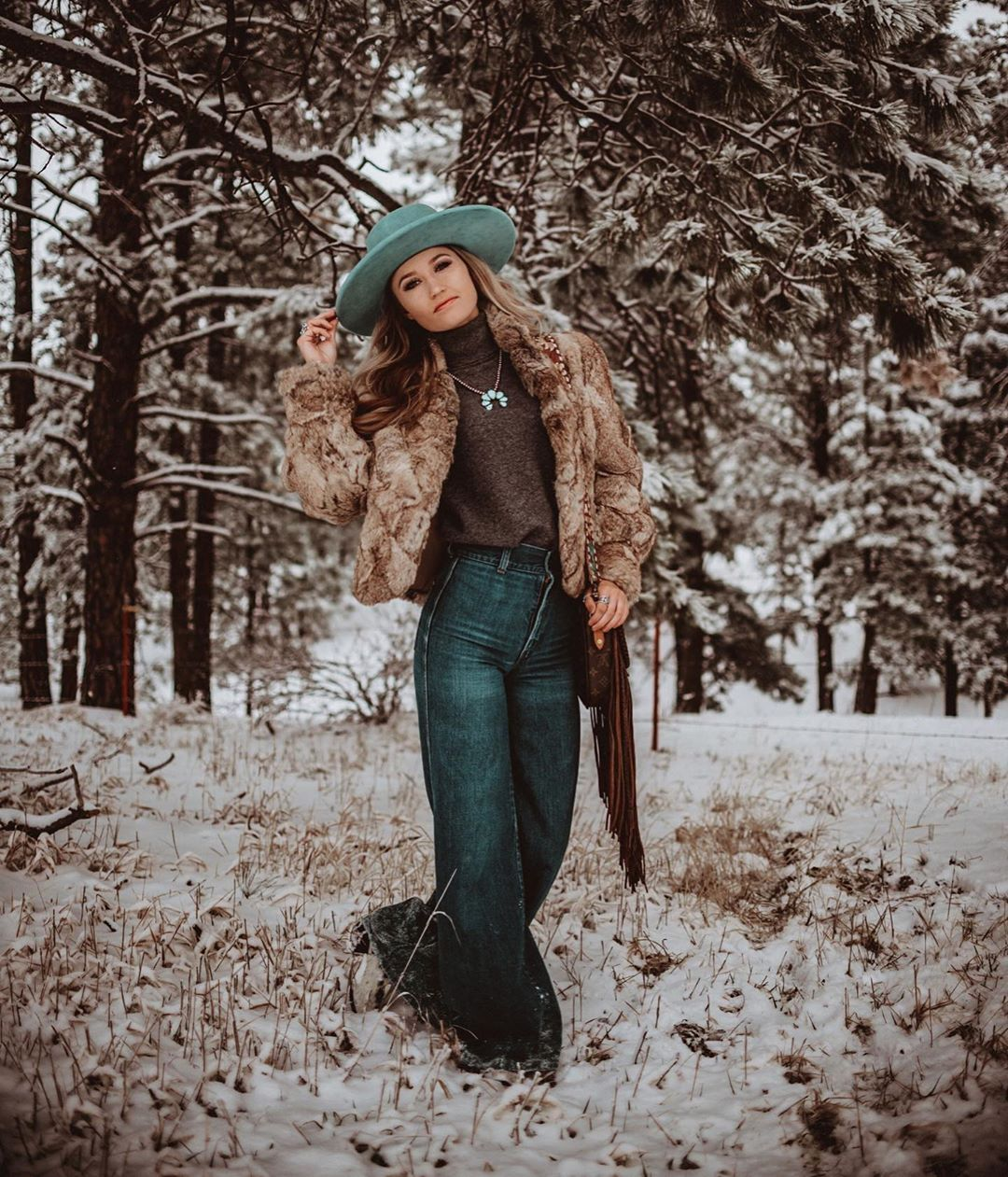 """Chelsea Glanz on Instagram: """"I'm not a fan of the snow, But running around in the snow in a fur coat and @emily.nicole.photography was pretty amazing"""