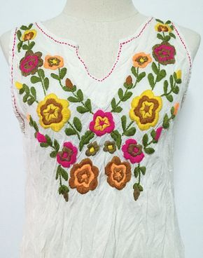 b5e08c29d Blusa Top sin mangas de algodón estilo bohemio bordada a mano ...