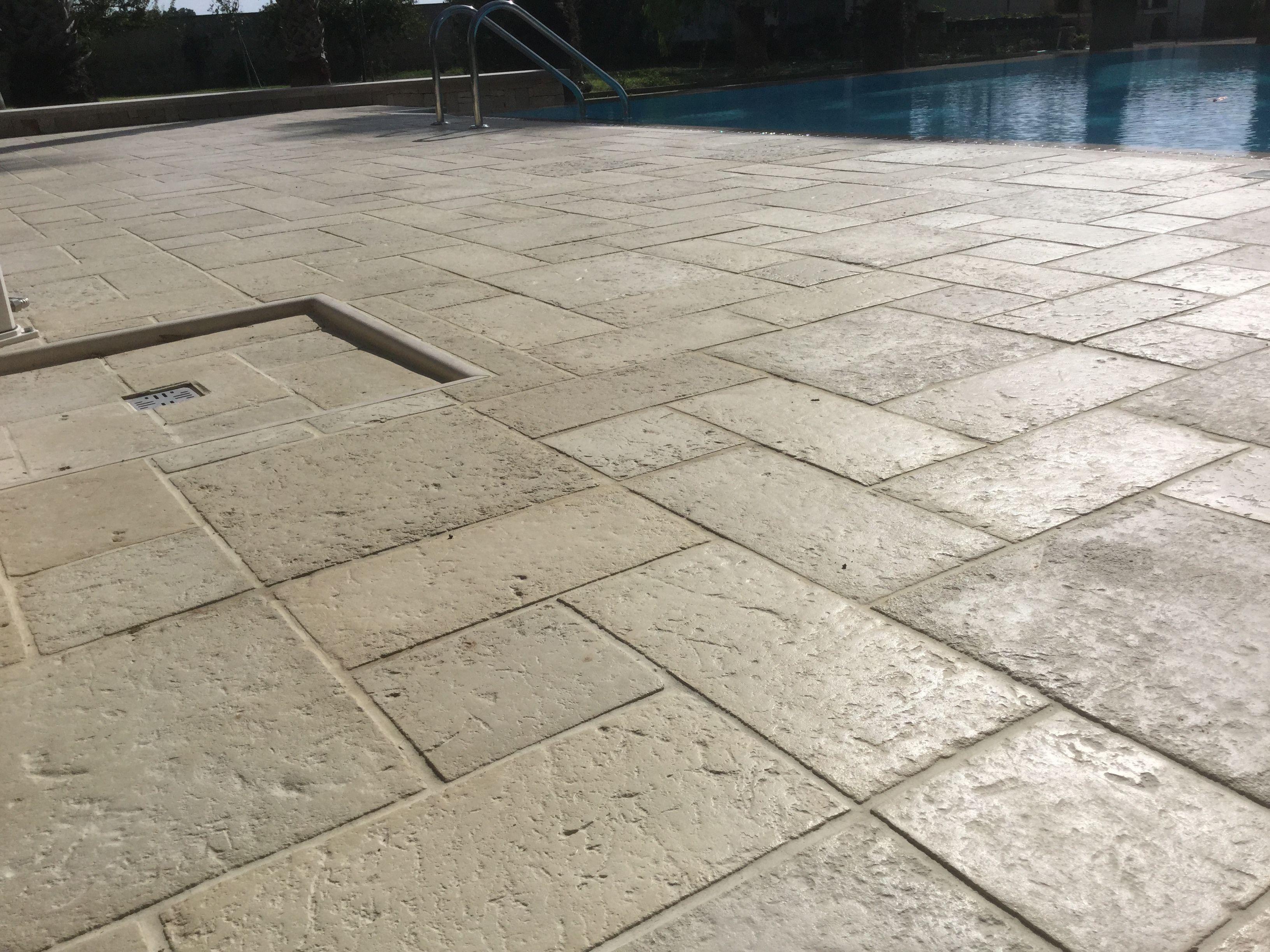 Best pavimenti on line ideas - Piastrelle per piscina ...
