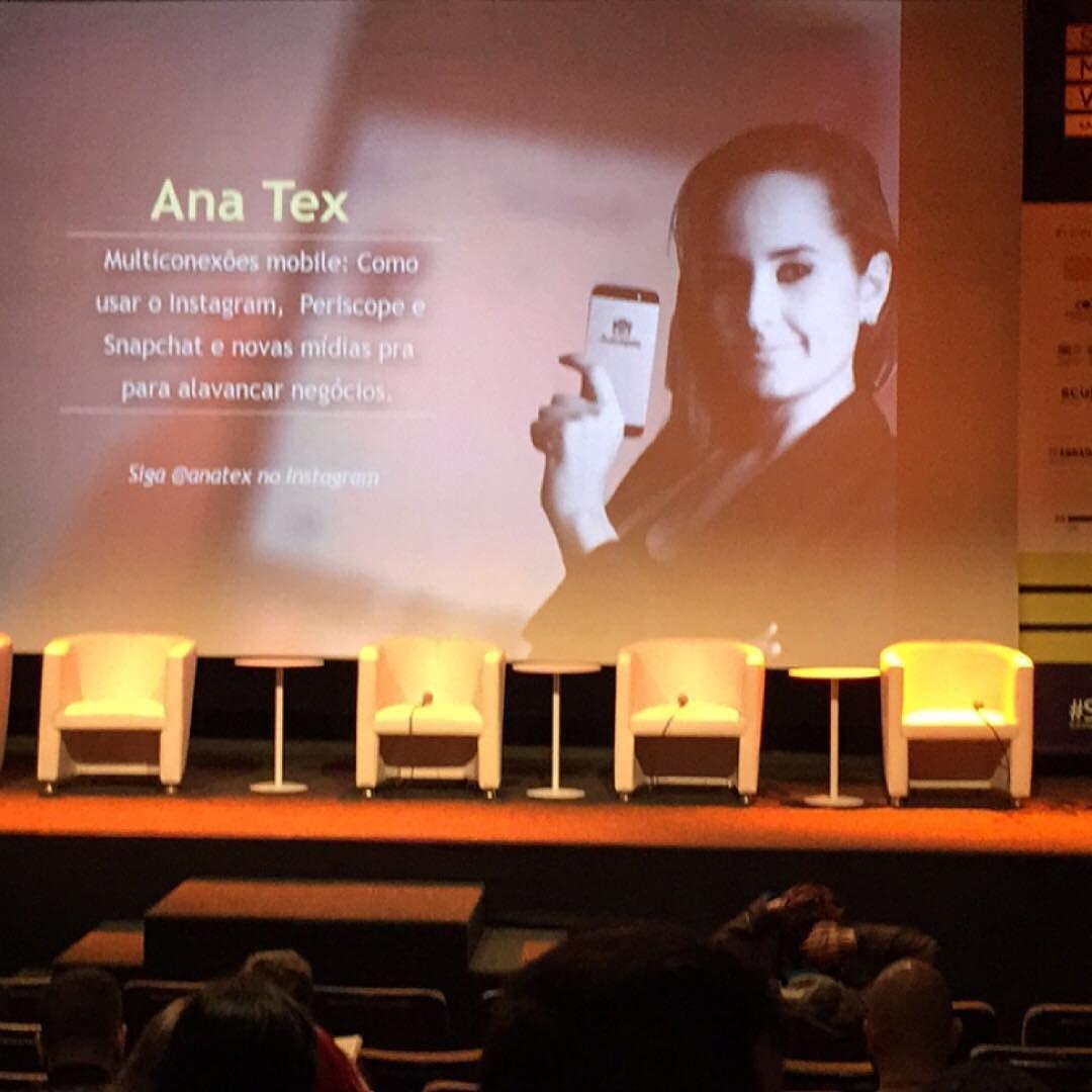 Aguardando o início da palestra no #SocialMediaWeek em São Paulo. #SMWSP #SMW15 #SMWSP2015 by alexandregomessena
