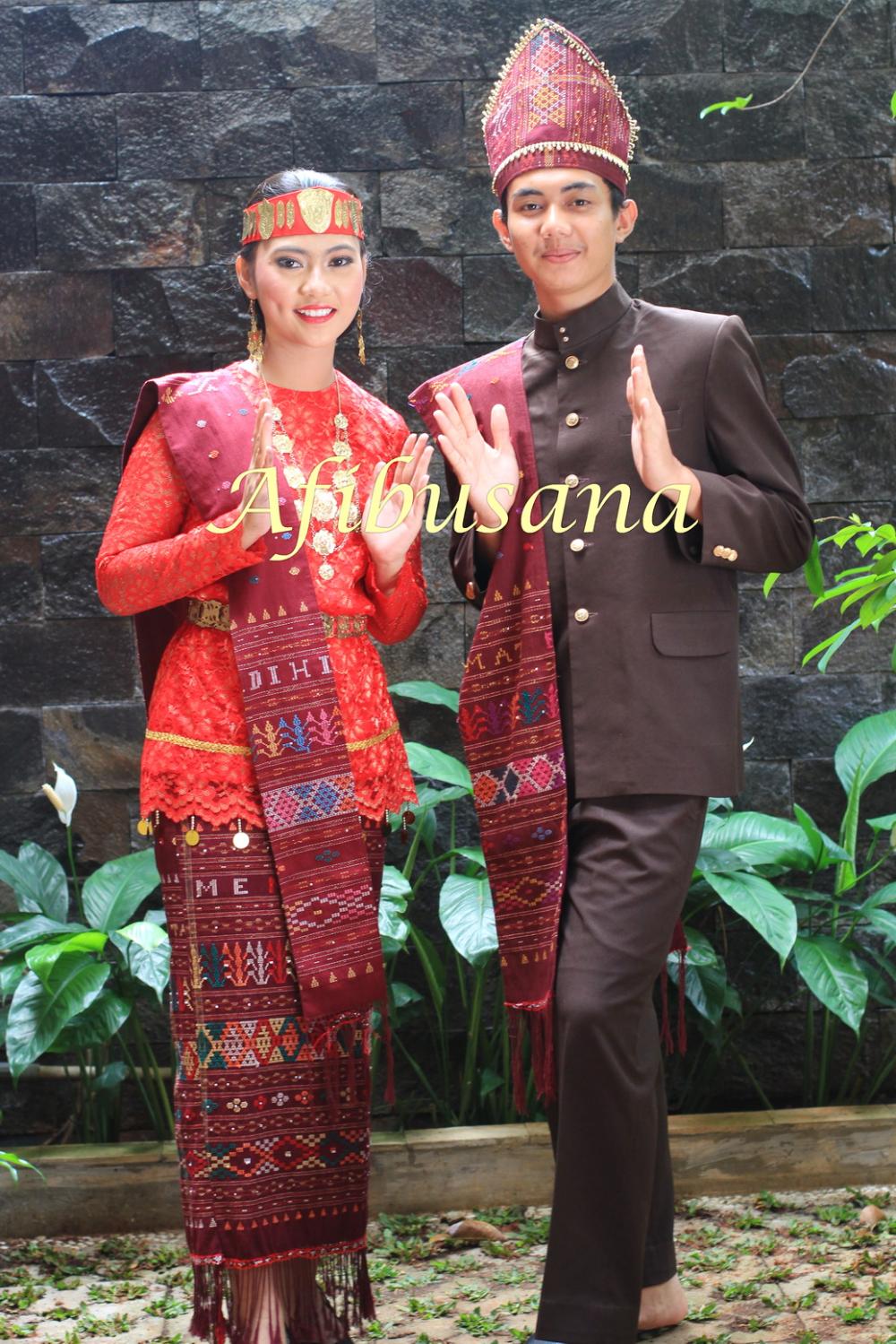 Gambar Pakaian Adat Dari Sumatera Utara