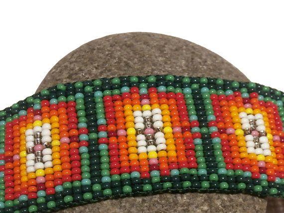 Loom beaded bracelet Colored dimension by KariatidesBracelets