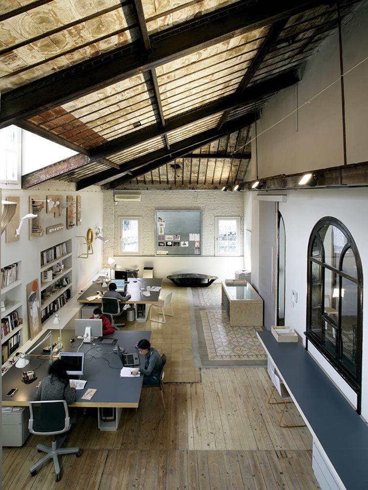 La granja design loft studio in barcelona architecture for Loft office design