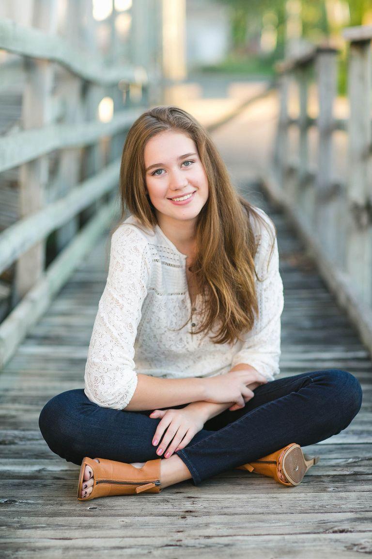 Beth | Eagan High School Senior Pictures | Photography