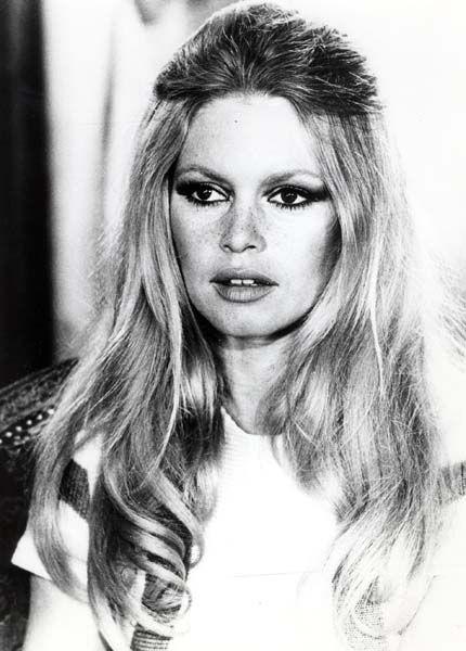 Portrait l'actrice de Brigitte Bardot, circa 1970. - Photographs of Celebrities