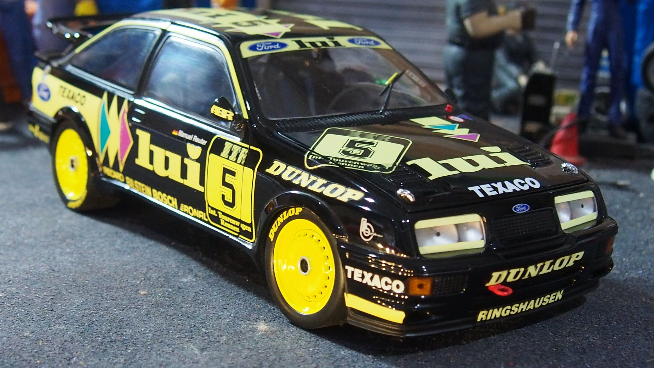 Ford sierra RS500 cosworth DTM 1:18 scale by minichamps