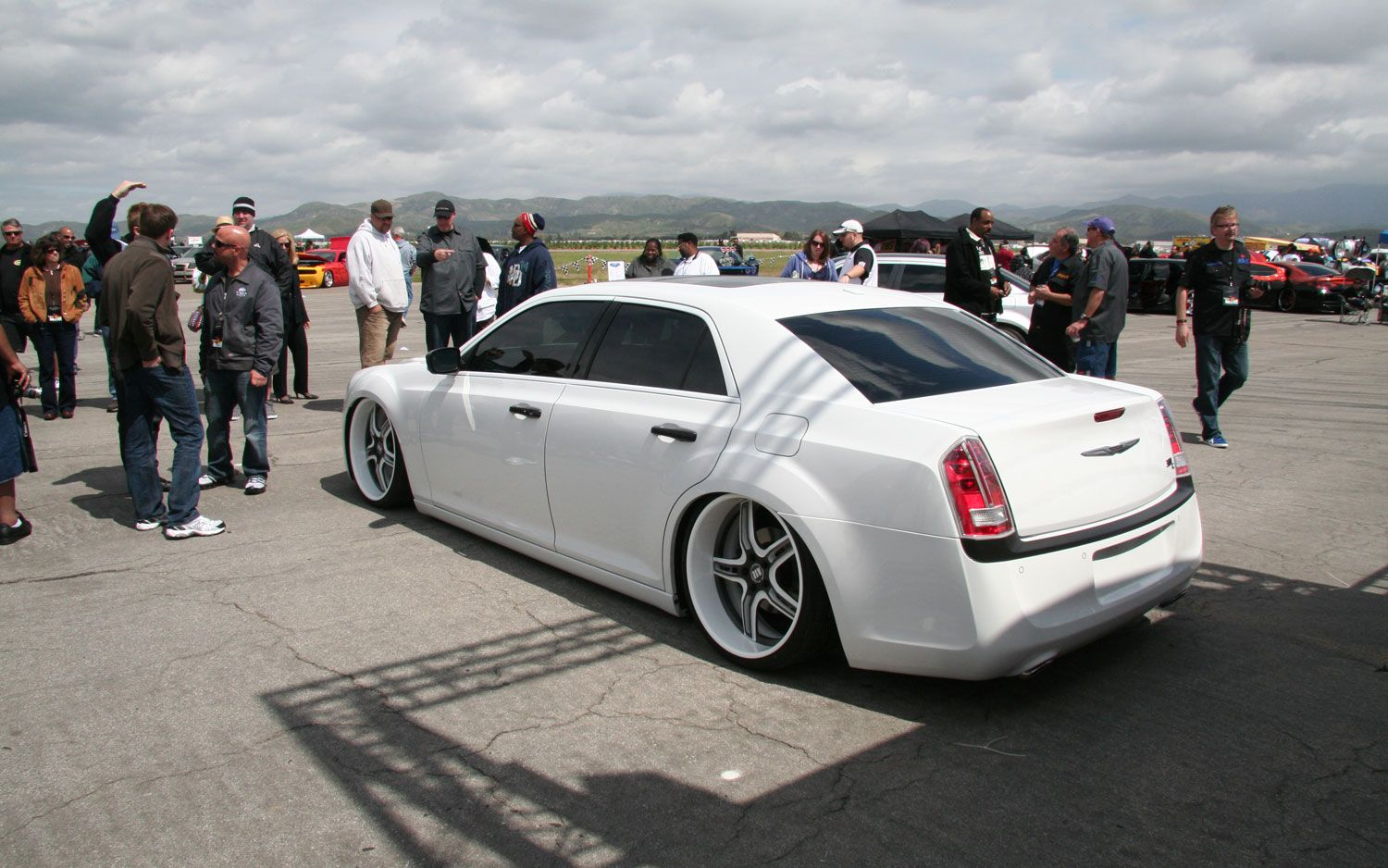custom 2011 chrysler 300 rear