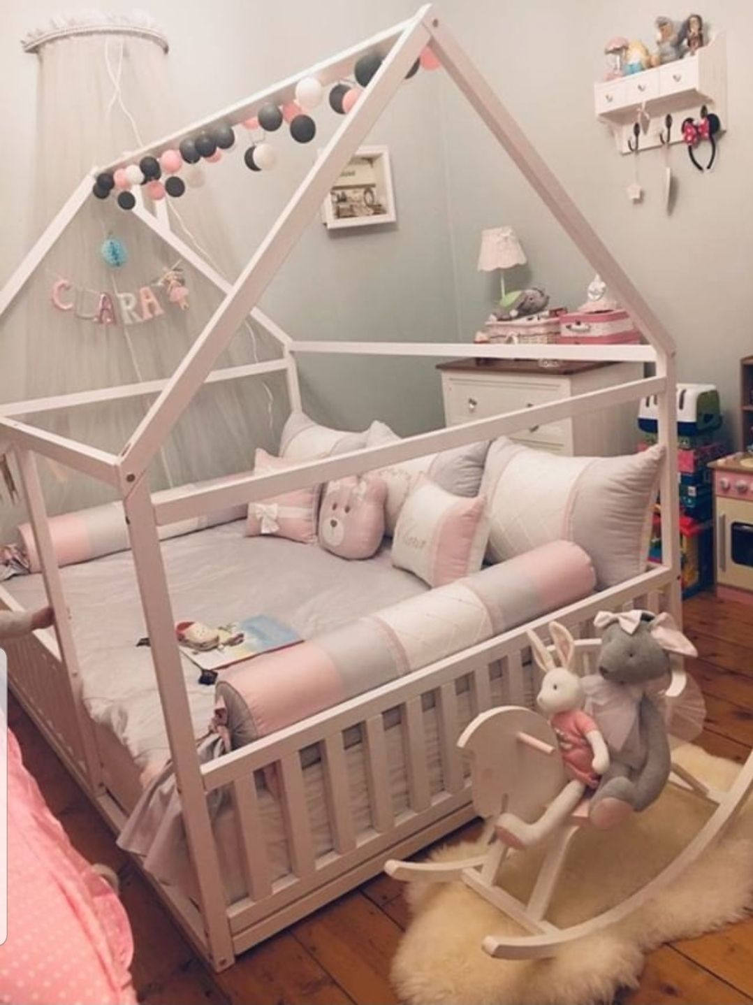 Full Size Or Queen Size Platform Bed Or Wooden House Bed Children
