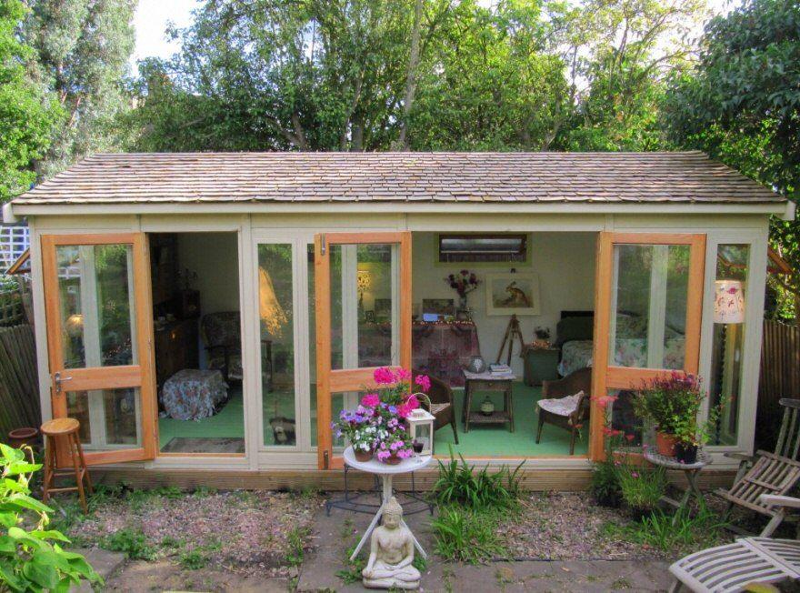 bakers timber buildings - case study 11 - cedar shingle garden room