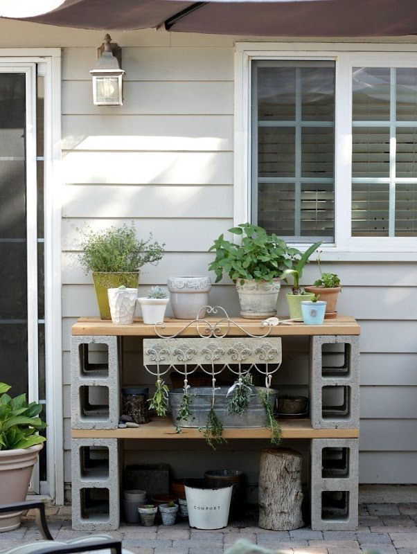 cinder block potting table/bench #kräutergartenbalkon