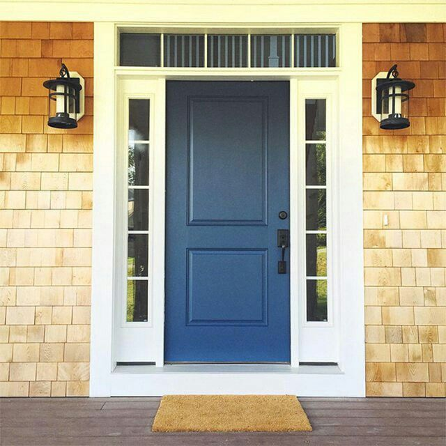 This bold, colorful #frontdoor features our Van Deusen Blue HC-156. #Regram from @ali_vinciguerra #doorsondoors #designinspiration