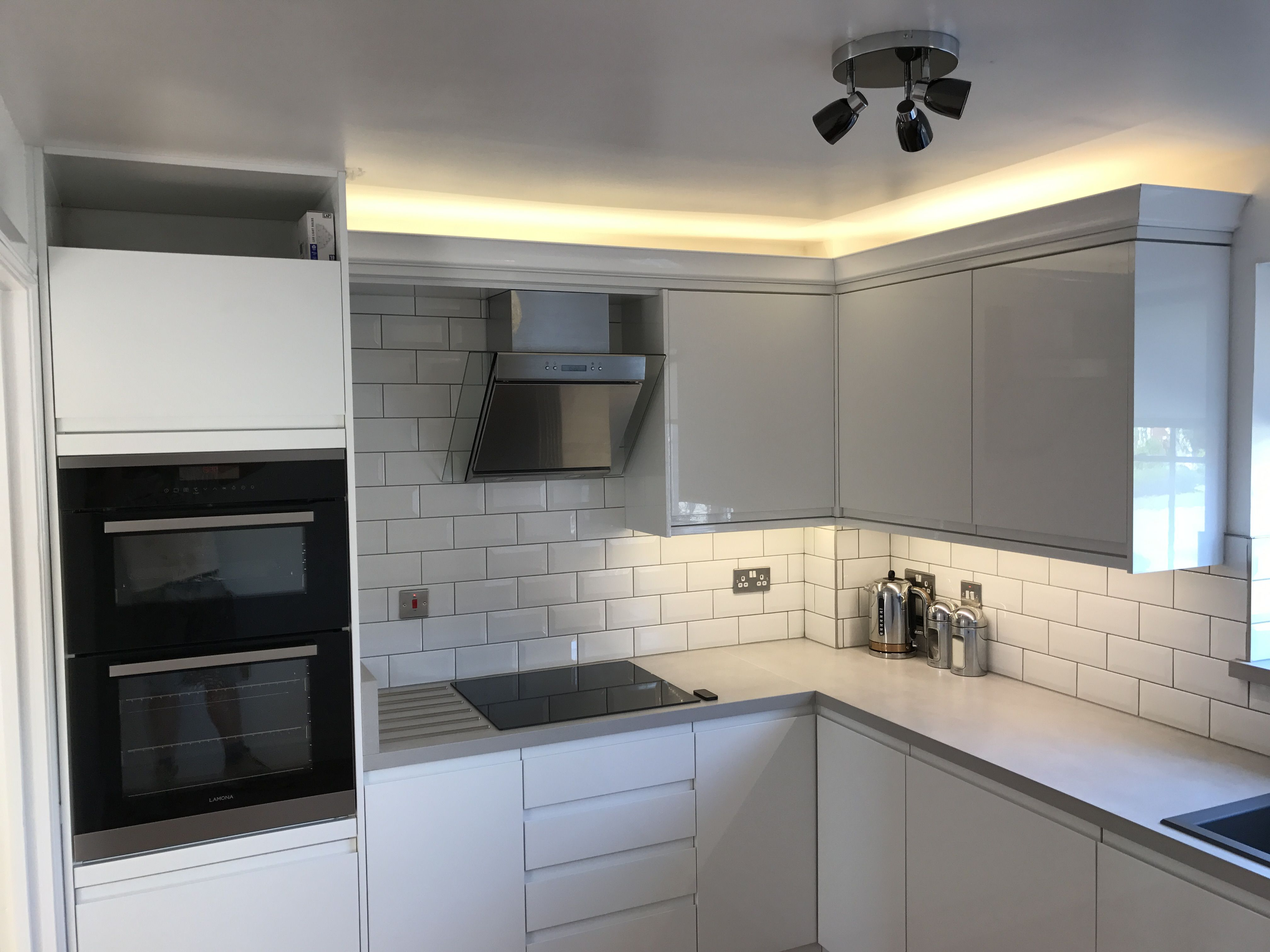 size 40 f1866 2e762 All finished, gloss kitchen, modern kitchen, mood lighting ...