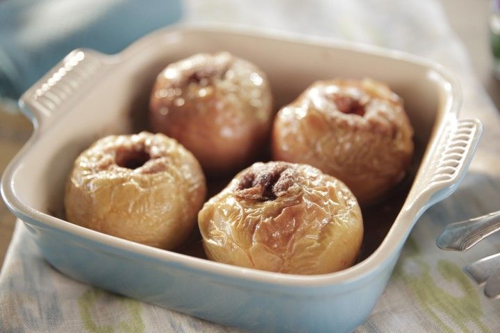 Trisha's Baked Apples - healthy (kinda) super easy recipe. We had it ...