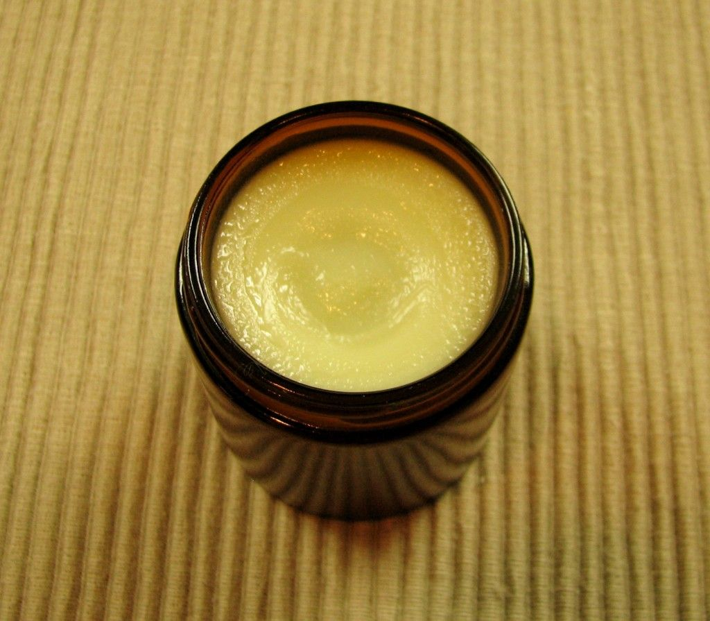 Homemade coconut oil muscle rub