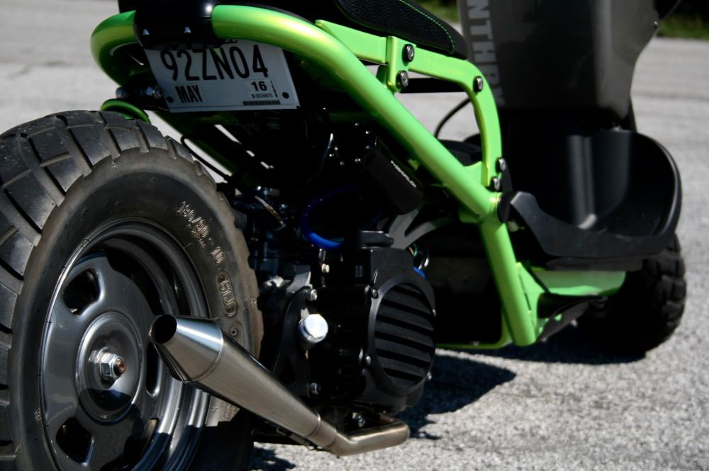 close-up of Honda Ruckus 50cc engine | Scoot! | Honda ruckus