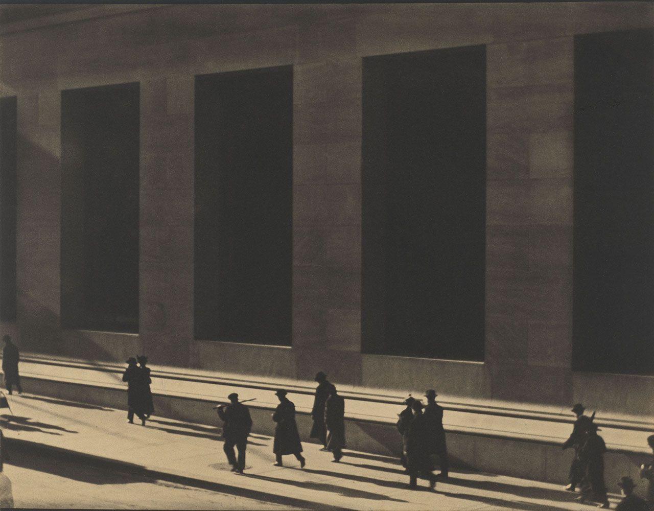 Paul Strand (1890-1976), Wall Street, New York, 1915 © Paul Strand Archive, Aperture Foundation