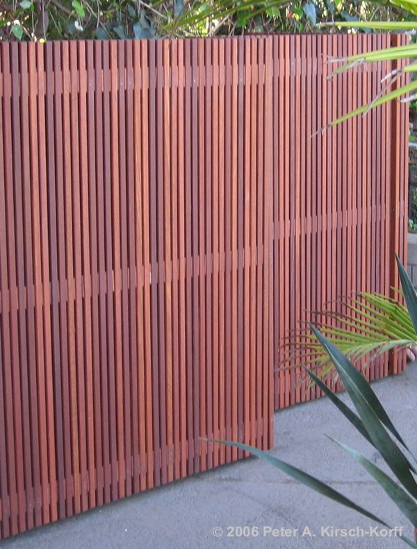Like these proportions for a fence too modern pool for Pool privacy screen