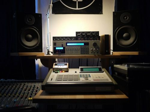 mpc 60 and s950 with hxc mod music production. Black Bedroom Furniture Sets. Home Design Ideas