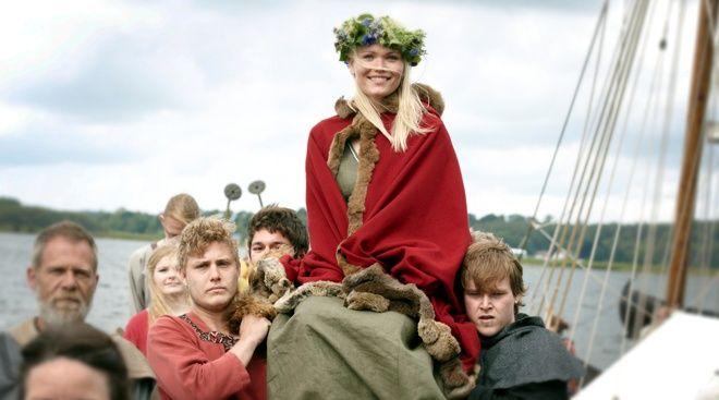Traditional Viking Wedding Vikingebrudjpg General Sca Stuff