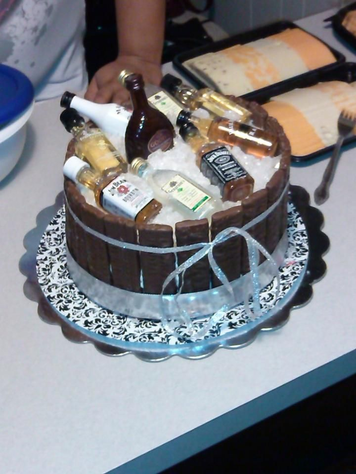 Liquor Barrel Cake For Daddy S Birthday I Used Heath Bars
