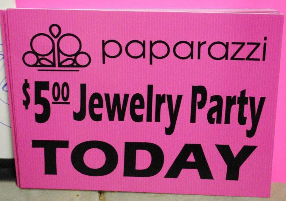A Yard Sign Is A Must When Doing Parties Paparazzi Party Graphics
