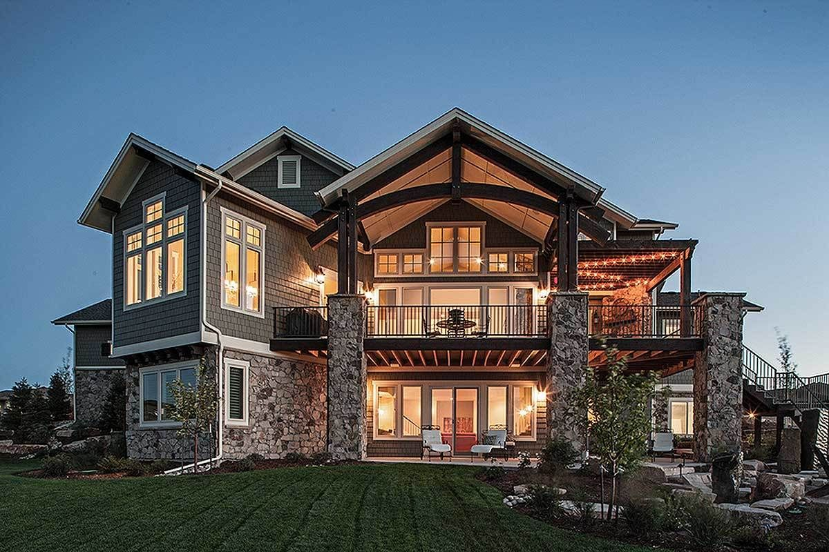 Plan 95023rw Traditional House Plan With Craftsman Touches Traditional House Plans Luxury House Plans Lake House Plans