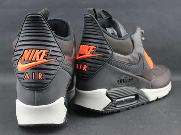 507167b489 Nike Air Max 90 Sneakerboot Winter-Velvet Brown-Black-Hyper Crimson-3