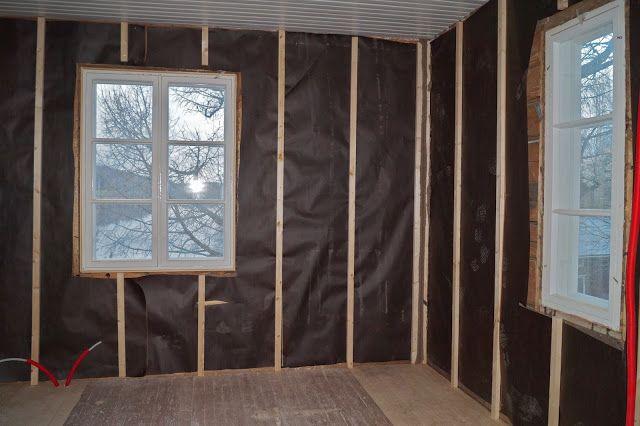 Pieni suuri pintaremontti -blogi, seinien koolaus, remontti, hirsitalo.