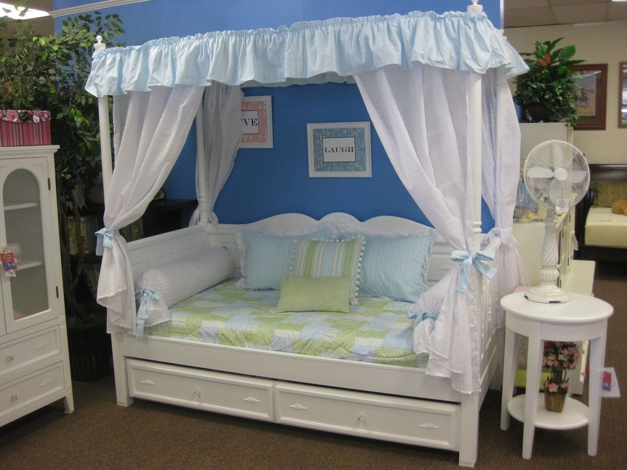 Madison Canopy Daybed is designed with soft scalloped edges and delicate floral appliqués. : canopy daybeds - memphite.com