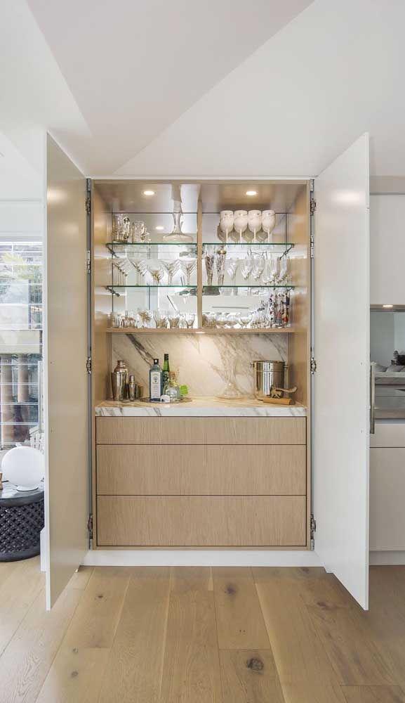 Super Charmoso E Elegante Esse Home Bar Com Prateleiras De Vidro