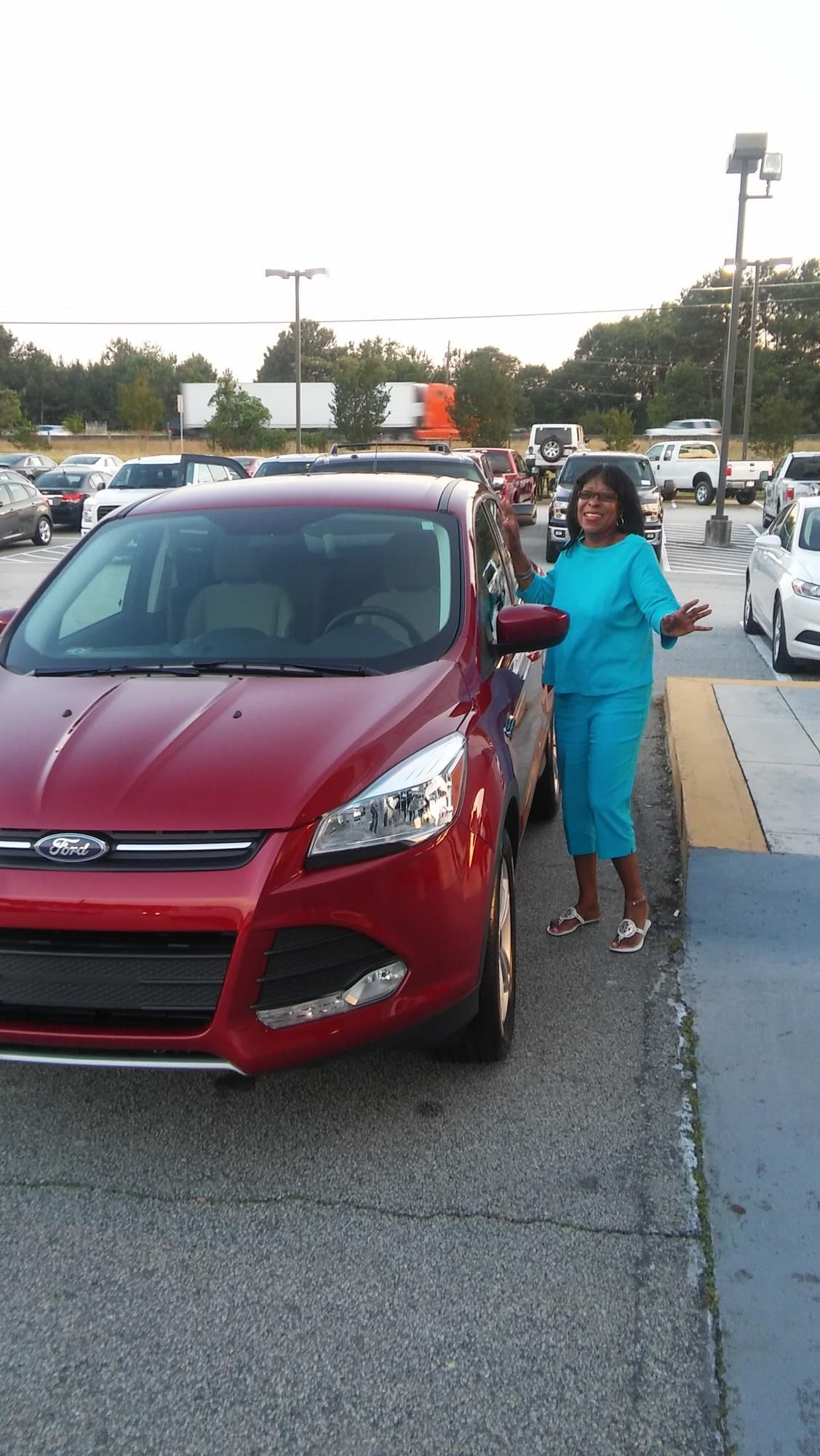 Ruth Banks reviews the 2016 Ford Escape she purchased from Courtesy