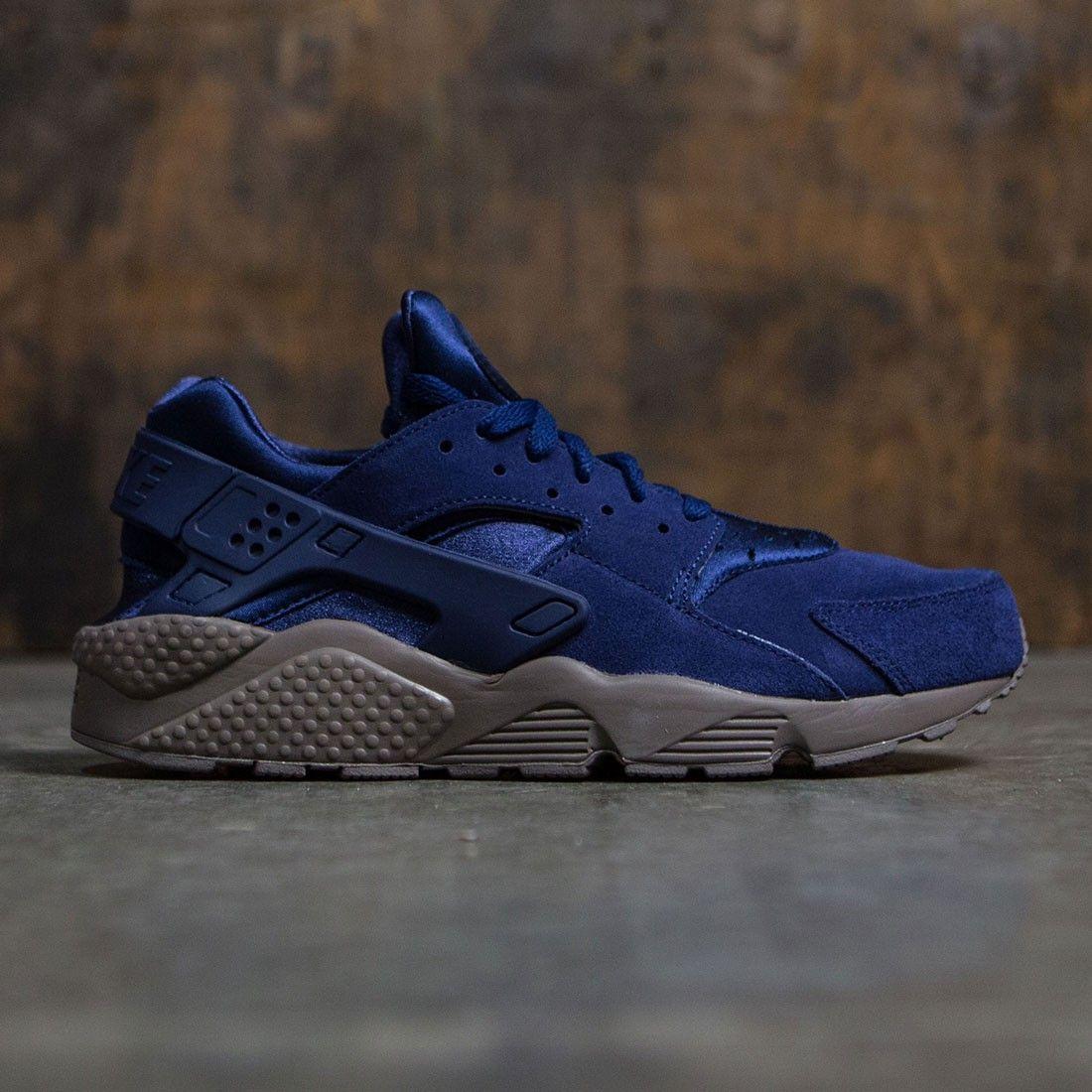 a40732eba332 Nike Men Air Huarache Run Se (binary blue   binary blue-dark mushroom)