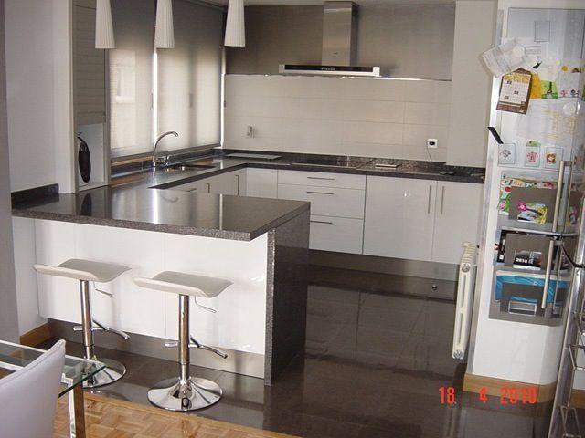 Moderna casa nueva pinterest moderno cocinas y - Decoracion cocinas pequenas sencillas ...