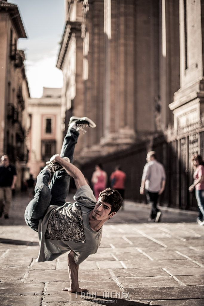 Break Dance. Photographer of Break Dance in Granada.  Fran Ménez. www.franmenez.com