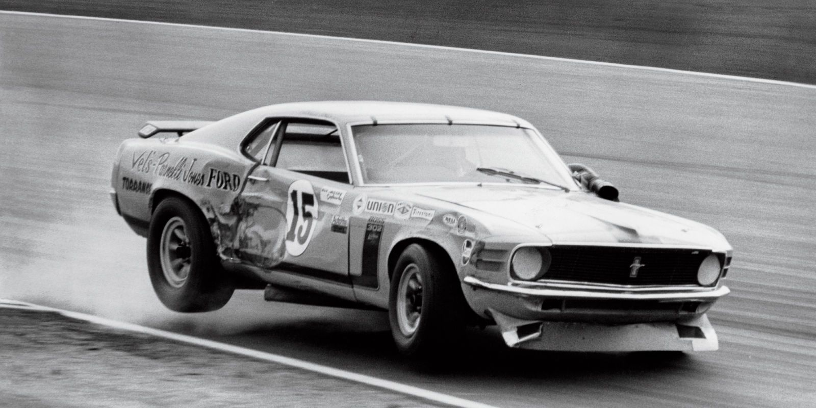 """A Look Into the Amazing Past of Trans-Am Racing - RoadandTrack.com"" : Parnelli Jones - Ford Mustang Boss 302 - Bud Moore Racing - Mission Bell 200 Riverside - Trans-Am Riverside - 1970 SCCA Trans-American Championship, round 11"