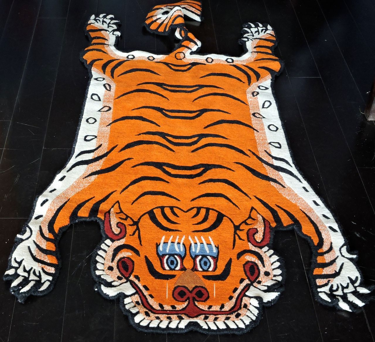 100 knot cutout wool Tiger Rug from Nepal 3x6 Tiger rug