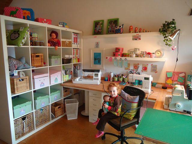 ein blick durchs schl sselloch zenzi lauser n hzimmer n hecke und arbeitszimmer. Black Bedroom Furniture Sets. Home Design Ideas
