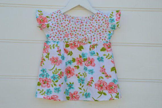 Las niñas blusón floral aqua y albaricoque top top por Shopatots