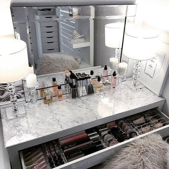 31 Beautifull Makeup Vanity Ideas That Ll Change Your Interior Ikea Makeup Vanity Ikea Malm Dressing Table Diy Vanity Mirror