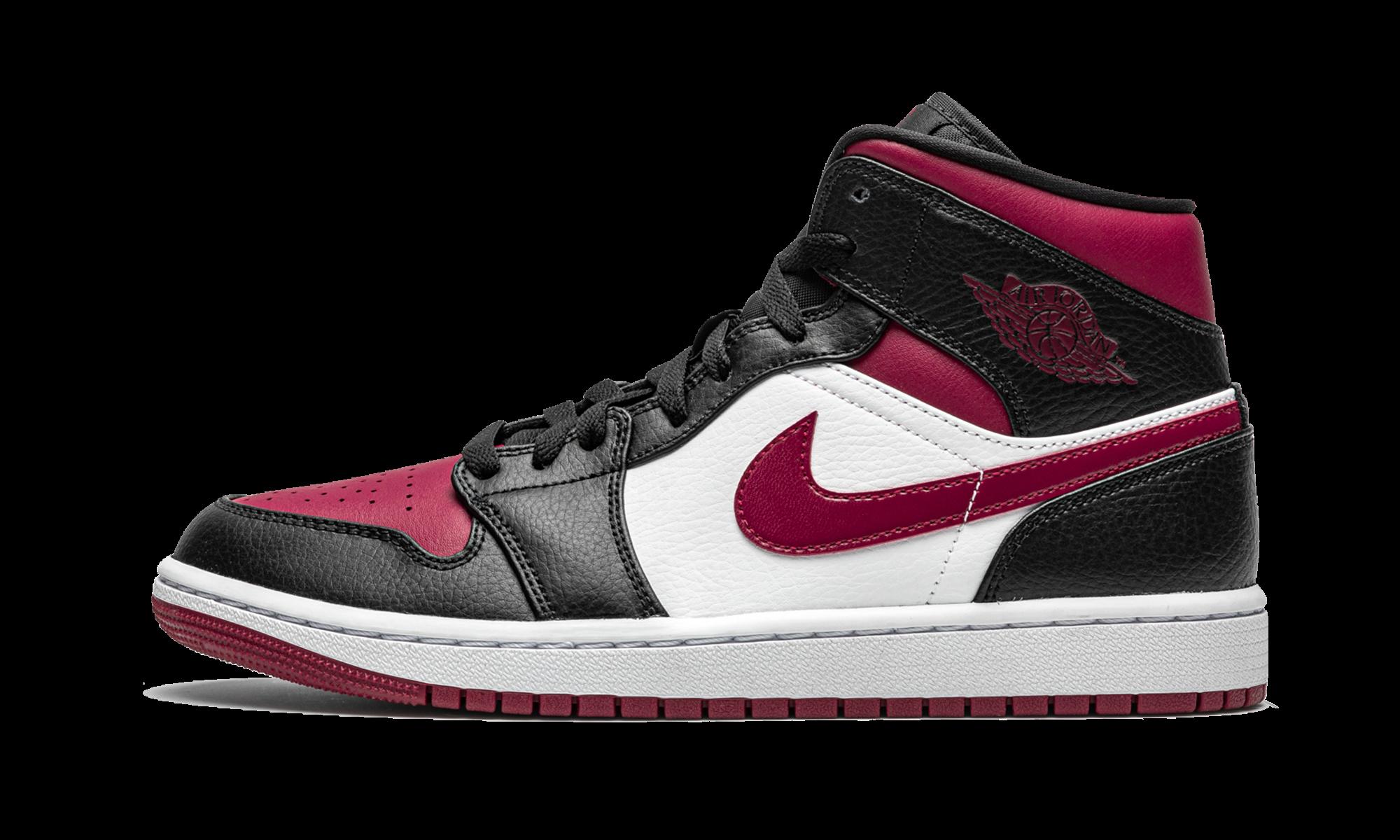 Air Jordan 1 Mid Bred Toe 554724 066 2020 In 2020 Air Jordans Retro Basketball Shoes Jordans
