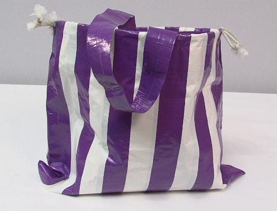 Love This Duct Tape Beach Bag So Easy And Fun To Make Perfect For Holding Reads
