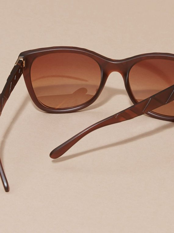 Italian made Burberry acetate sunglasses with square frame lenses. Gradient  brown lenses are scratch- 07f14bac63f