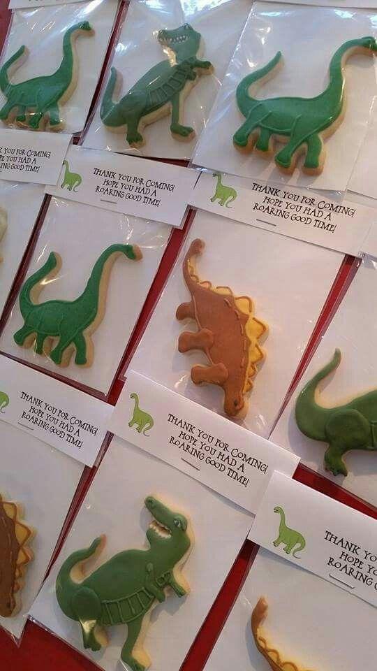 Jasmin McAfee: Dinosaurs