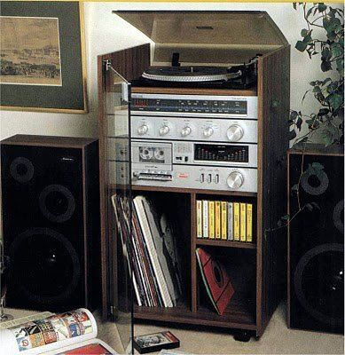 Stereo system from the eighties  #ipod #hifi #sound