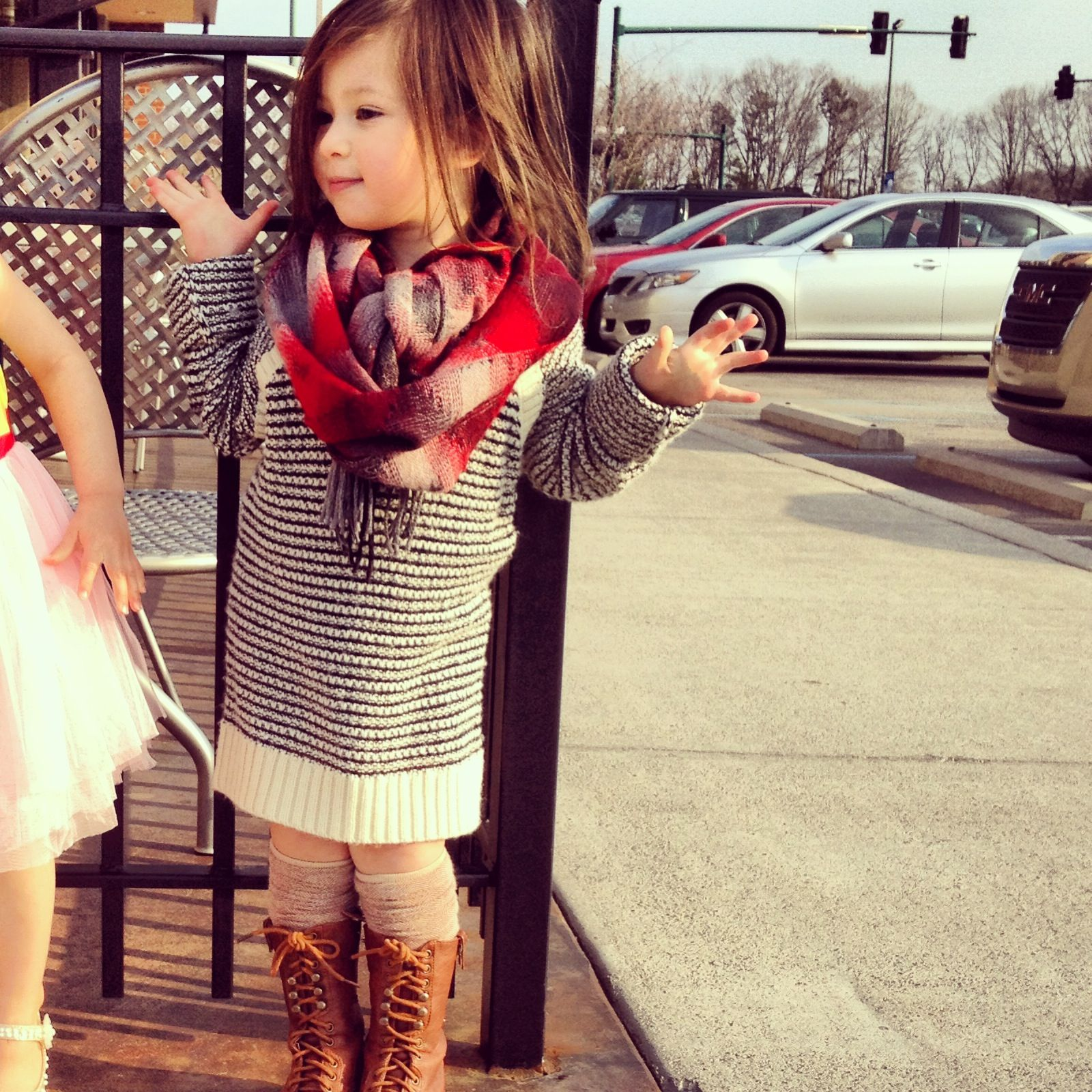 How to dress a fashionable toddler