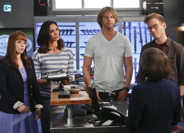 Hetty, Nell, Kensi, Deeks and Eric in An Unlocked Mind. ep 7.07
